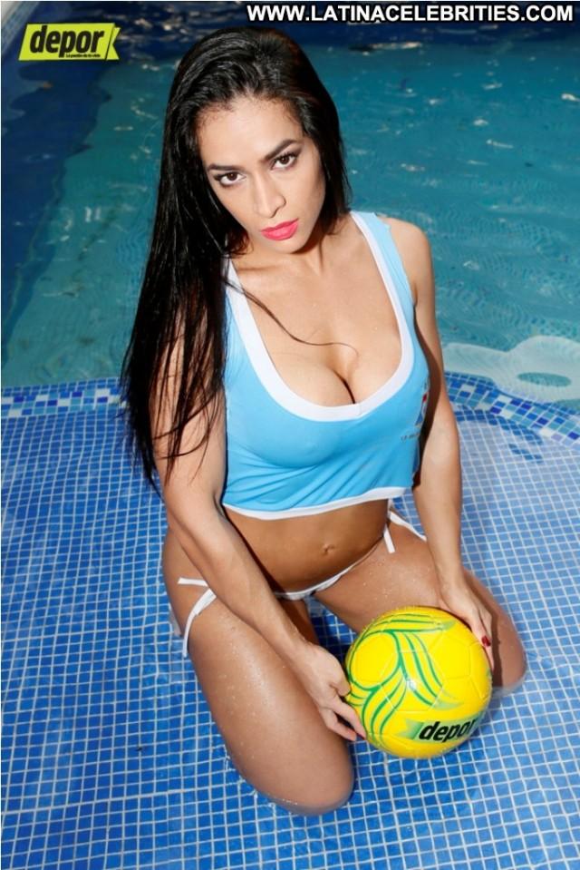 Andrea Araujo Miscellaneous Brunette Cute Celebrity Posing Hot Latina