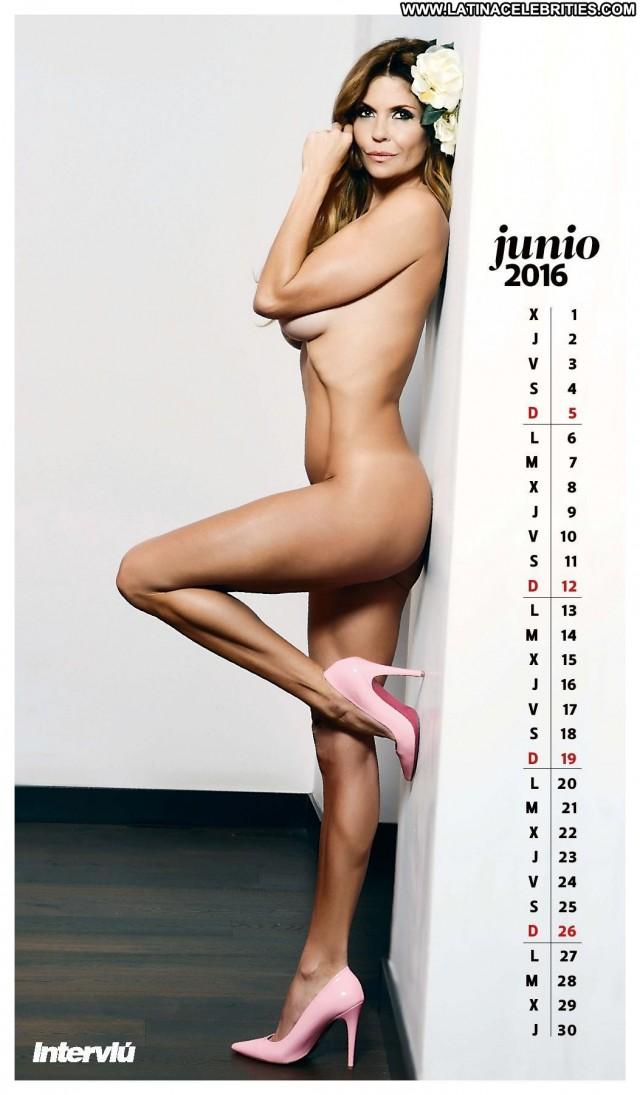 Mara Jos Giaever Makoke Interview Posing Hot Hot Latina Blonde