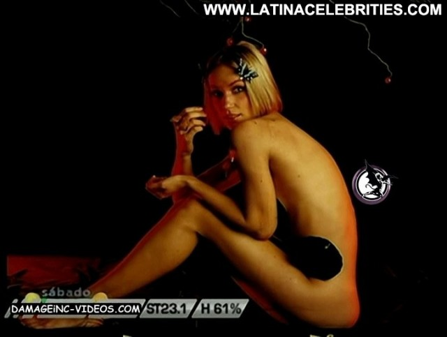 Ingrid Grudke Sabado Bus Cute Celebrity Latina Sultry Skinny Nice