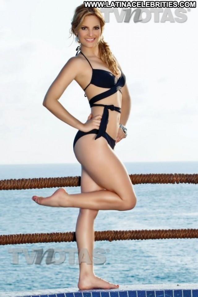 Yanilen Miscellaneous Cute Blonde Latina Doll Celebrity Beautiful