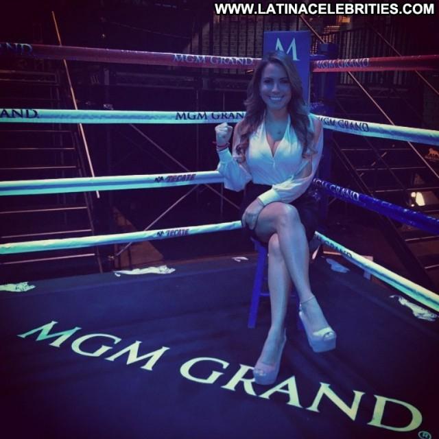 Lindsay Casinelli Miscellaneous Celebrity Brunette Posing Hot Latina