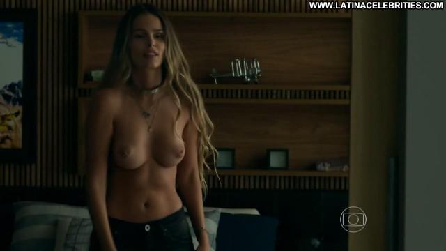 Yasmin Brunet Verdades Secretas Latina Celebrity International