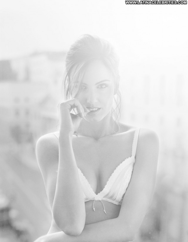 Claudia Bassols Miscellaneous Pretty Medium Tits Celebrity Brunette