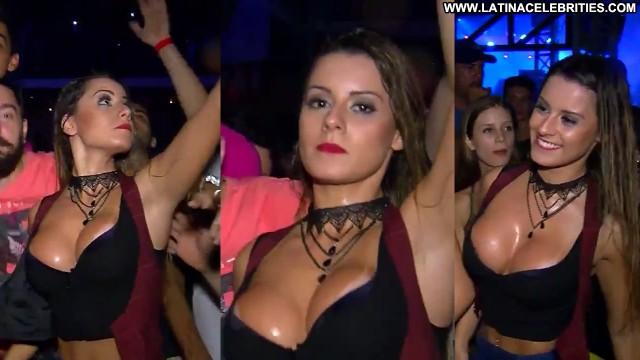 Aricia Silva P C  A Nico Na Tv International Blonde Stunning Latina