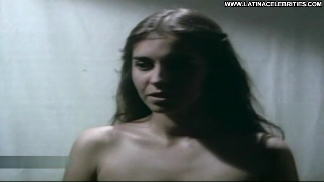 Ingrid Pelicori El Agujero En La Pared Hot Brunette Gorgeous Sexy
