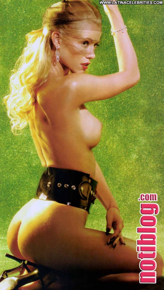Nicole Neumann Notiblog Celebrity Sultry Stunning Pretty Blonde
