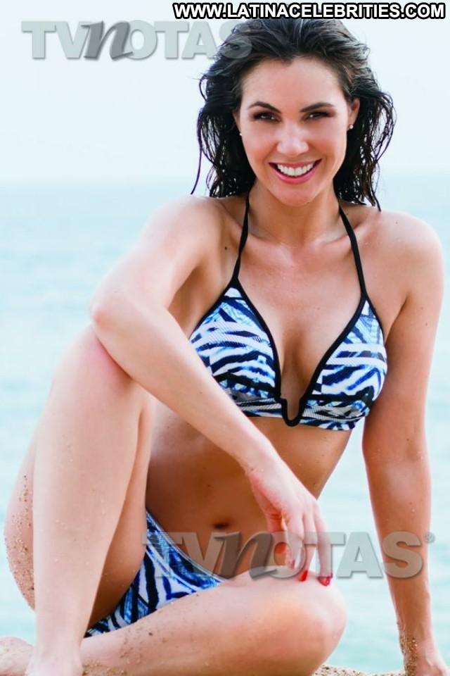 Paola Toyos Miscellaneous Small Tits Singer International Latina