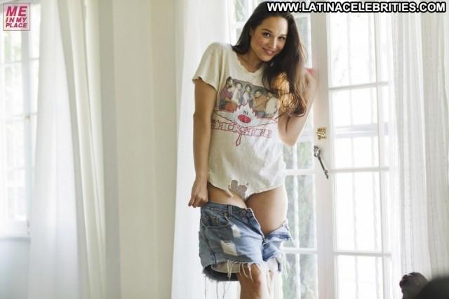 Jaclyn Betham Miscellaneous Celebrity Gorgeous Brunette Latina Medium