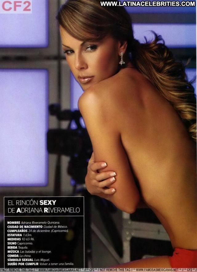 Adriana Riveramelo H Para Hombres Hot Stunning Brunette Latina