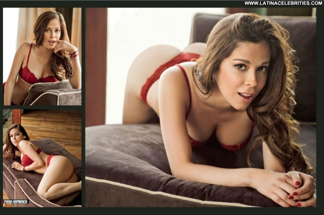 Gwen Garcia H Para Hombres Posing Hot Brunette Latina Celebrity
