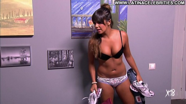 Cristina Pedroche La Que Se Avecina Nice Medium Tits Latina Brunette