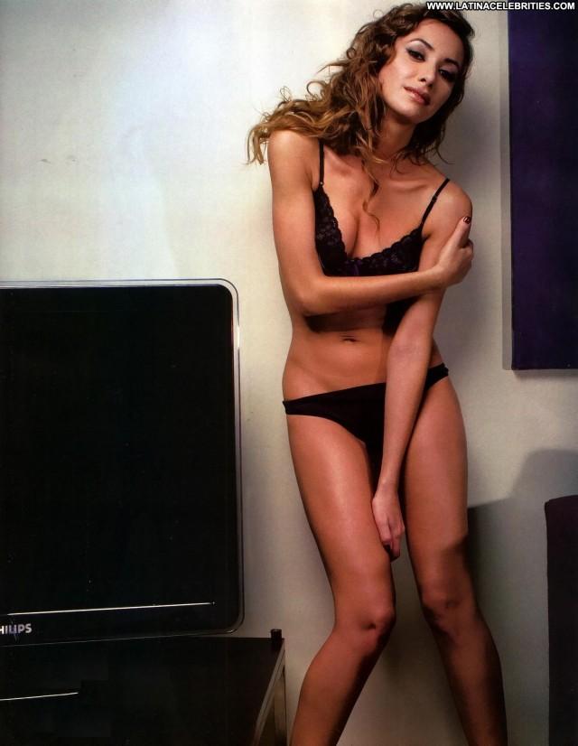 Carolina Di Nezio Miscellaneous Latina Celebrity Medium Tits Skinny