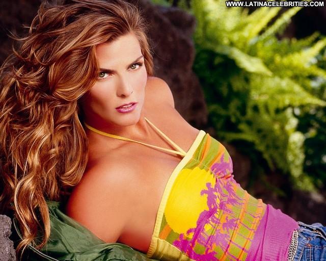 Montserrat Oliver Miscellaneous Gorgeous Latina Brunette Posing Hot