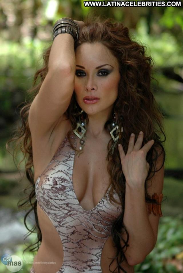 Tania Vzquez Miscellaneous Latina Sexy Cute Celebrity Beautiful
