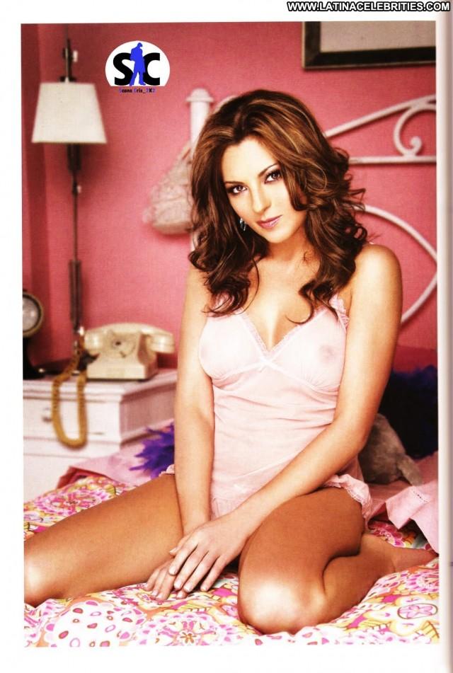 Mariana Ochoa Miscellaneous Singer Latina Sultry Brunette Celebrity