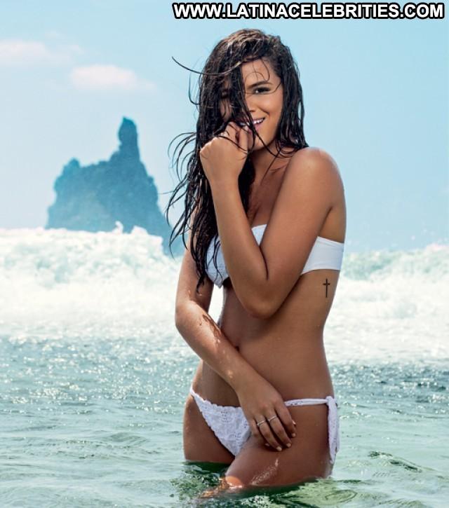 Bruna Marquezine Miscellaneous Medium Tits Brunette Sultry Beautiful