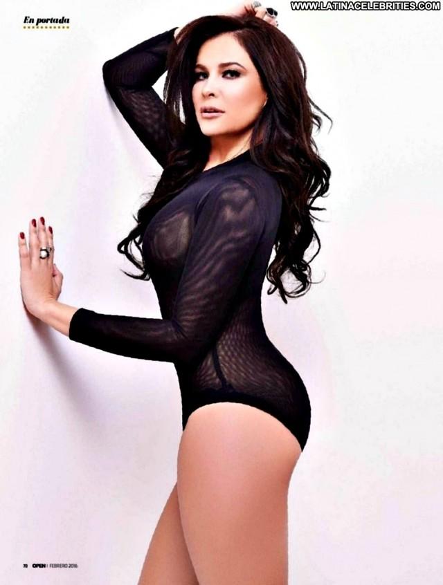 Arleth Teran Miscellaneous Celebrity Playmate Latina Brunette Medium