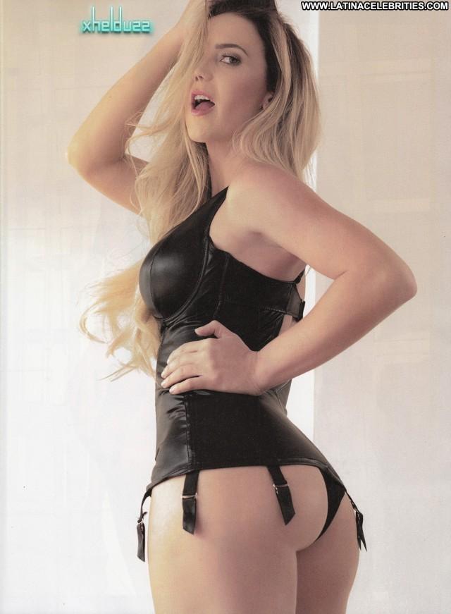 Karenka Miscellaneous Doll Latina International Blonde Celebrity Hot