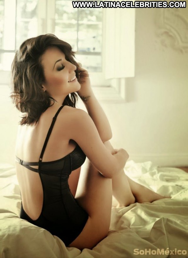 Zuria Vega Miscellaneous Hot Medium Tits Celebrity Brunette Doll