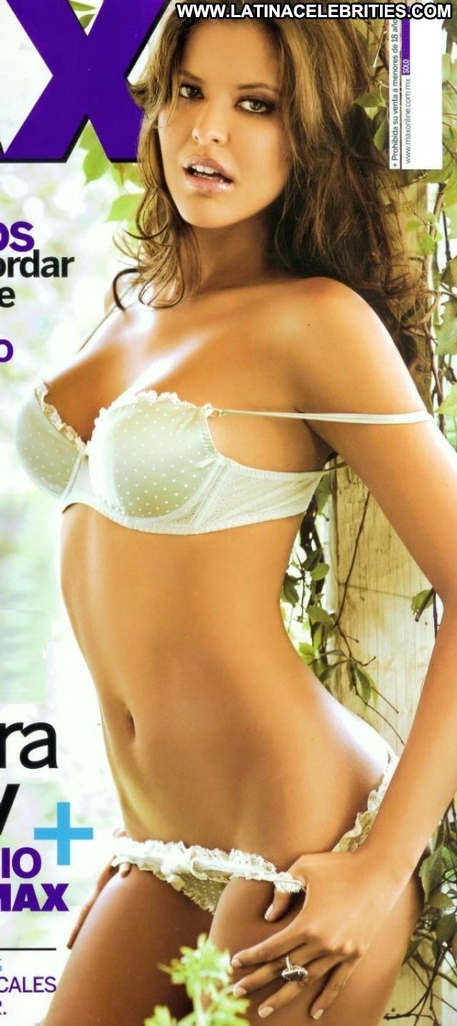 Vanessa Claudio Miscellaneous Medium Tits Latina Celebrity Brunette
