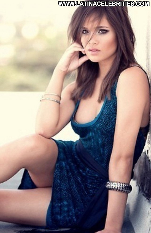 Nicole Anderson Miscellaneous Celebrity Sultry Posing Hot Sensual