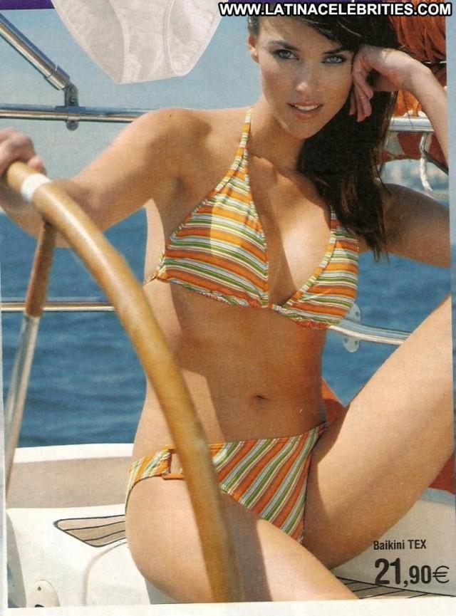 Helen Lindes Miscellaneous Medium Tits International Brunette Latina