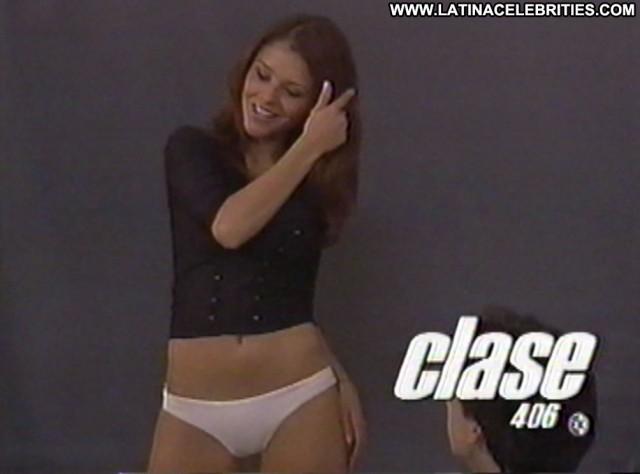 Grettell Valdez Clase Latina Celebrity Posing Hot Doll Stunning