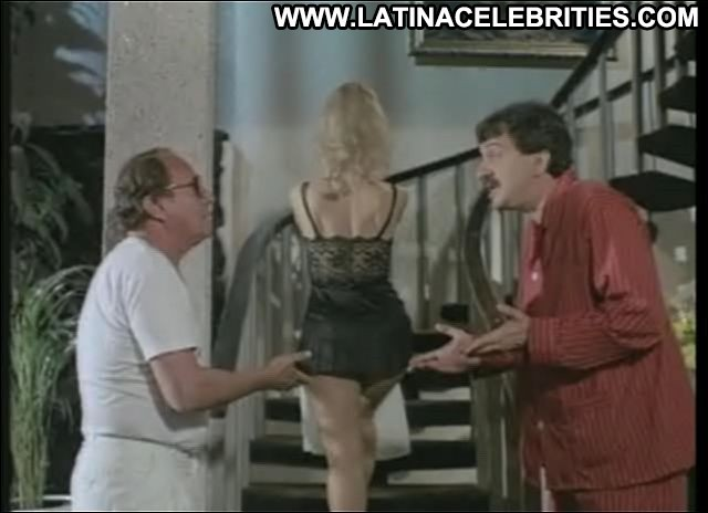 Eva Garbo Hembra O Macho Pretty Hot Latina Celebrity Small Tits