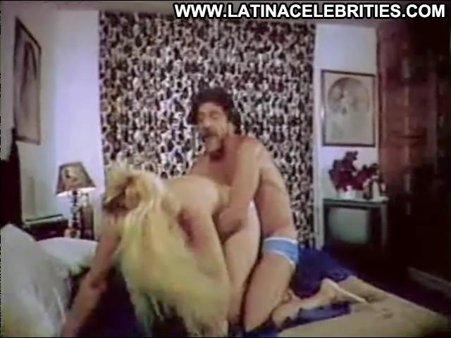 Wanda Seux Que Buena Esta Mi Ahijada Blonde Latina Sensual Medium