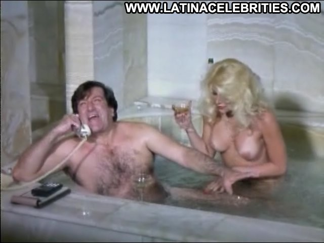 Janett Mass Las Computadoras Celebrity Sensual Medium Tits Latina