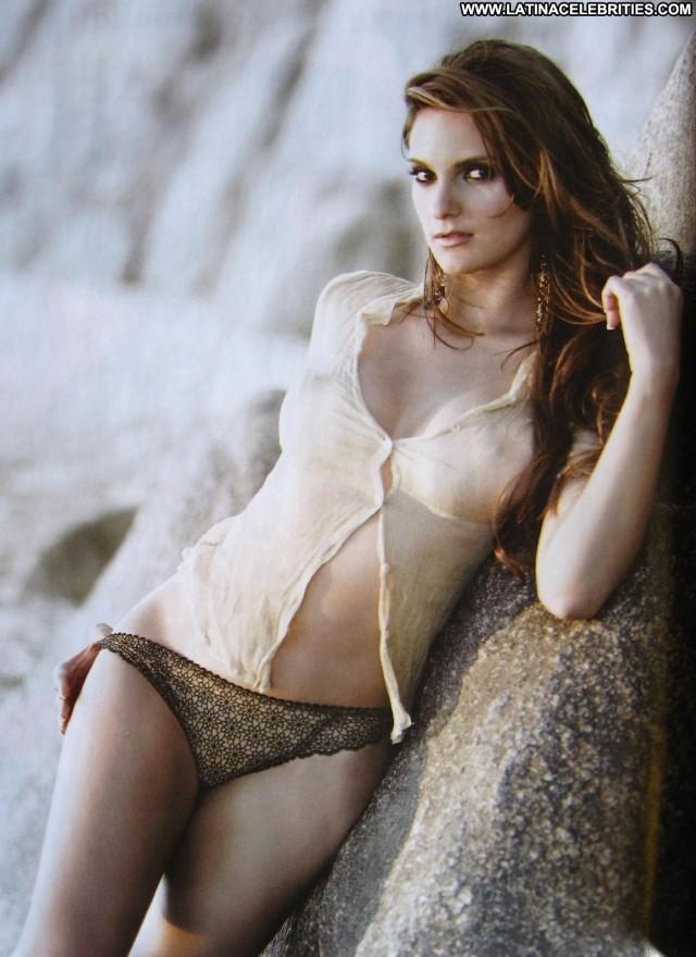 Mariana Seoane H Para Hombres International Medium Tits Brunette
