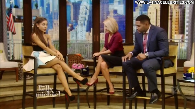 Ariana Grande Live With Kelly And Michael Singer Brunette Posing Hot