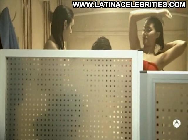 Blanca Su El Barco Hot Pretty Sexy Brunette Celebrity Medium Tits
