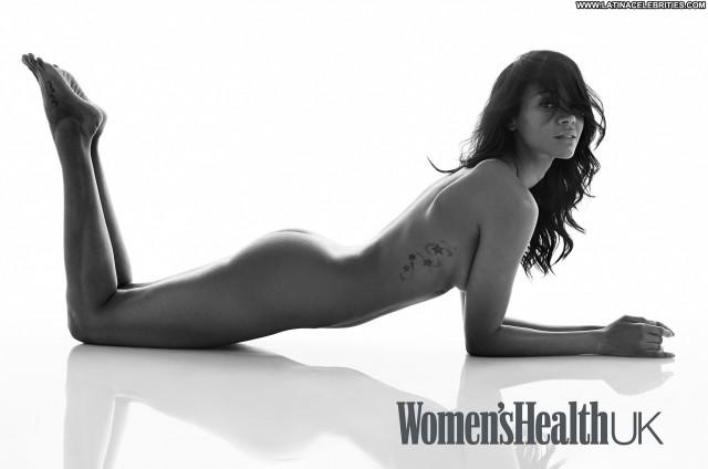 Zoe Saldana Miscellaneous Sexy Beautiful Medium Tits Hot Latina