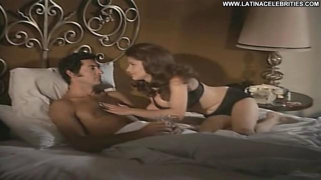 Raquel Olmedo Cuando Tejen Las Ara International Hot Brunette Medium