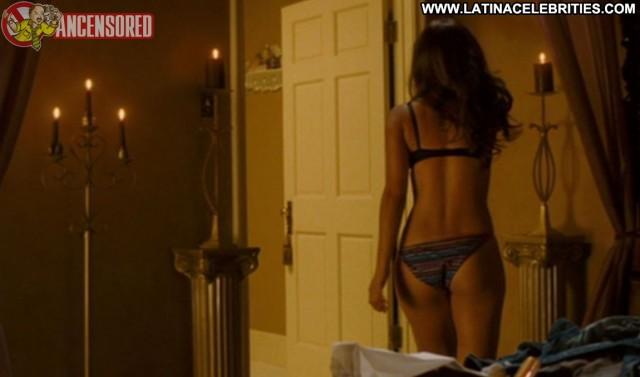 Zulay Henao Illegal Tender Celebrity International Latina Brunette