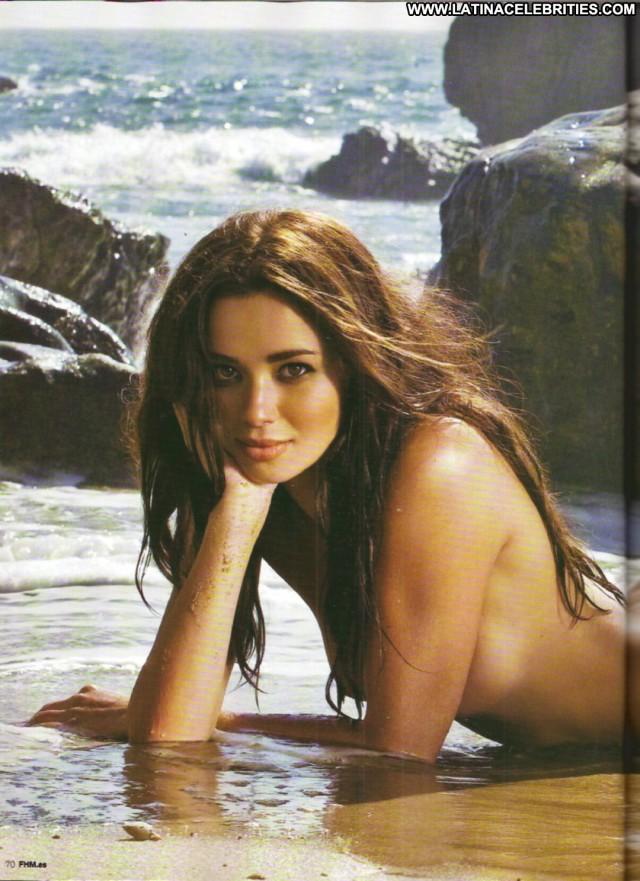 Dafne Fern Miscellaneous Posing Hot Doll Celebrity Latina