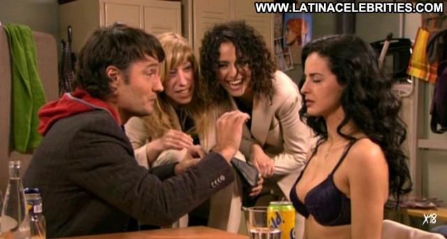 M Estra De Moda Brunette Latina Medium Tits Doll Celebrity
