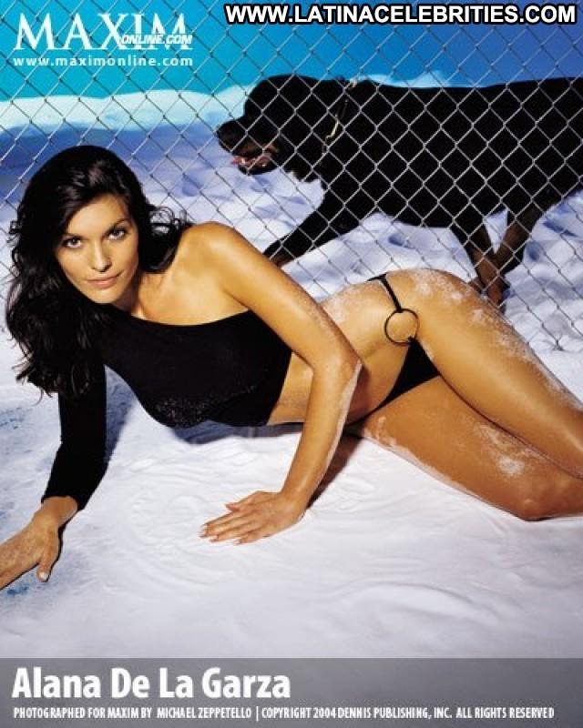 Alana De La Garza Miscellaneous Medium Tits Brunette Posing Hot Cute