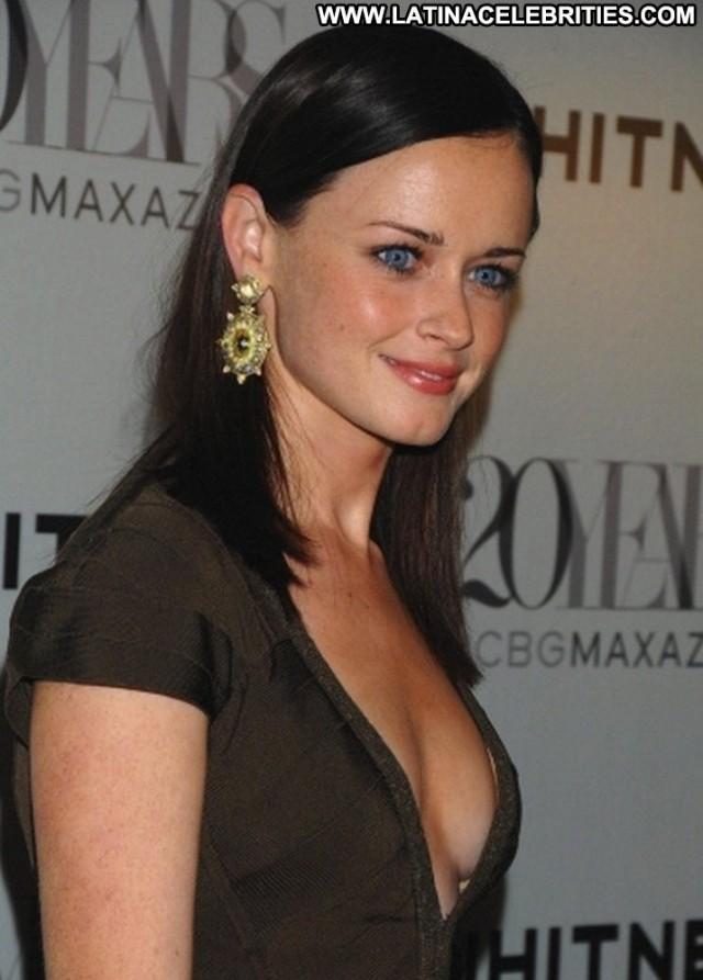 Alexis Bledel Miscellaneous Medium Tits Celebrity Nice Hot Latina