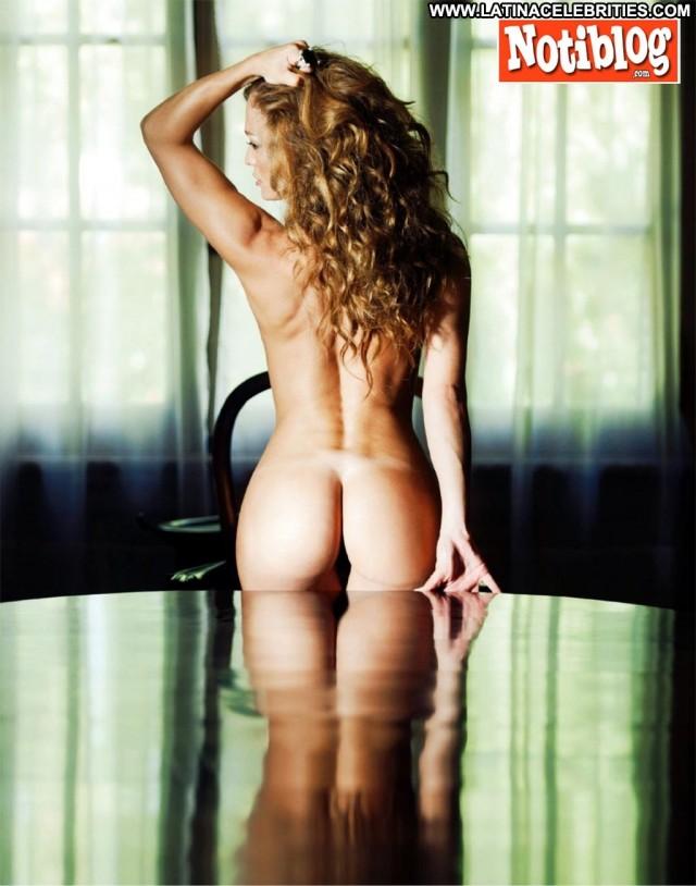 Claudia Albertario Notiblog Celebrity Beautiful Latina Medium Tits