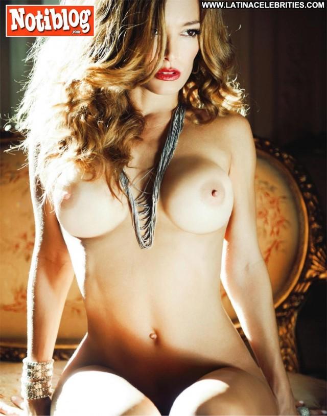 Claudia Albertario Notiblog Stunning Medium Tits Beautiful Brunette