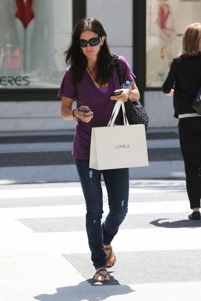 Courteney Cox Beverly Hills Sexy Cute Celebrity Posing Hot Beautiful