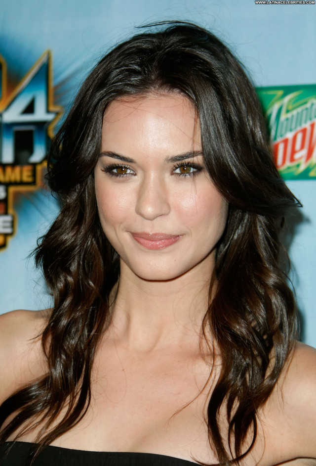 Odette Annable Actress Celebrity Posing Hot Babe Beautiful Nude Scene