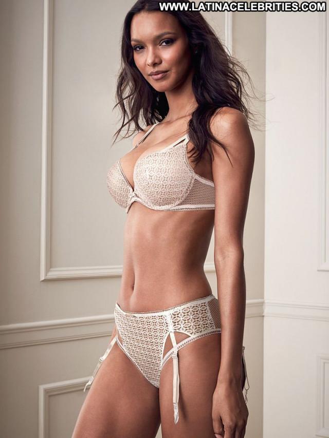Lais Ribeiro No Source Babe Lingerie Celebrity Posing Hot Beautiful
