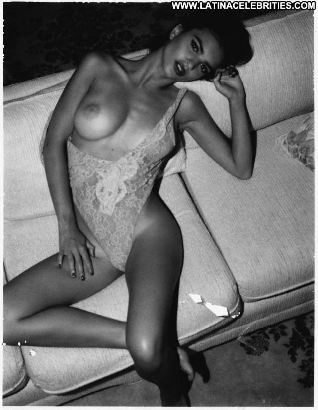 Emily Ratajkowski No Source  Black Beautiful Babe Celebrity Hot