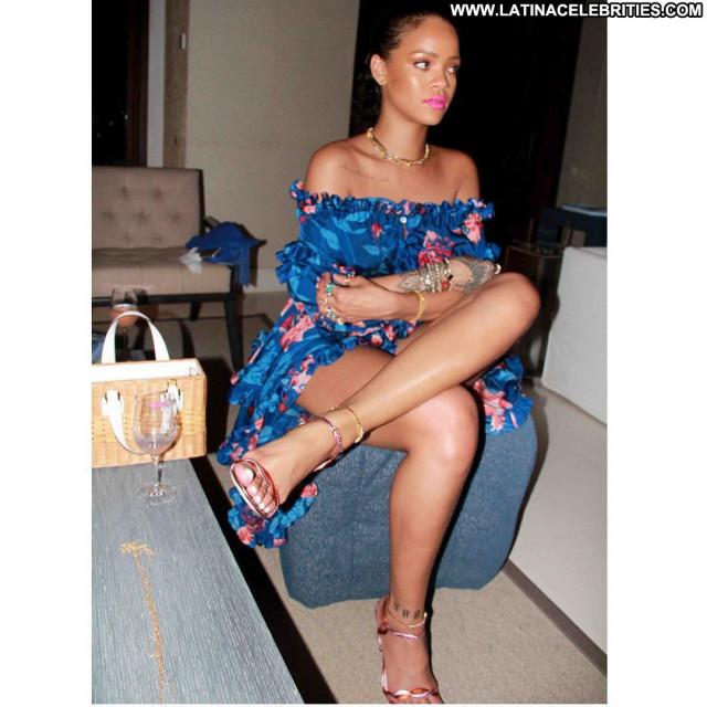 Rihanna No Source Candids Beautiful Barbados Bikini Posing Hot