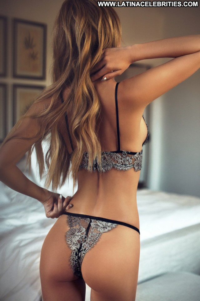 Bryana Holly No Source Lingerie Babe Celebrity Beautiful Posing Hot