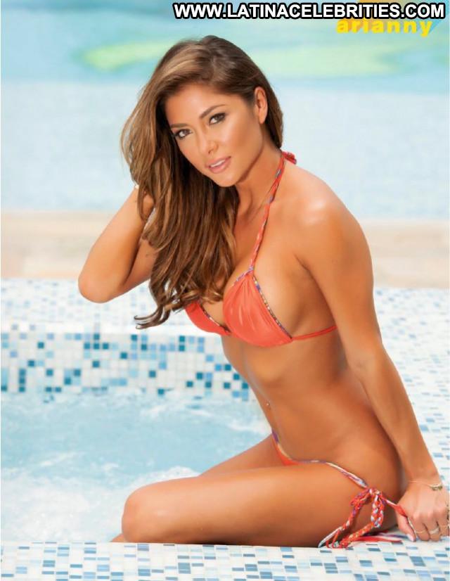 Arianny Celeste No Source Celebrity Magazine Posing Hot Beautiful Babe