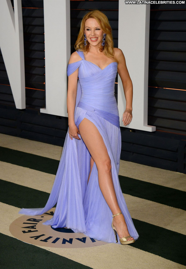 Kylie Minogue Vanity Fair Party Posing Hot Babe Beautiful Celebrity